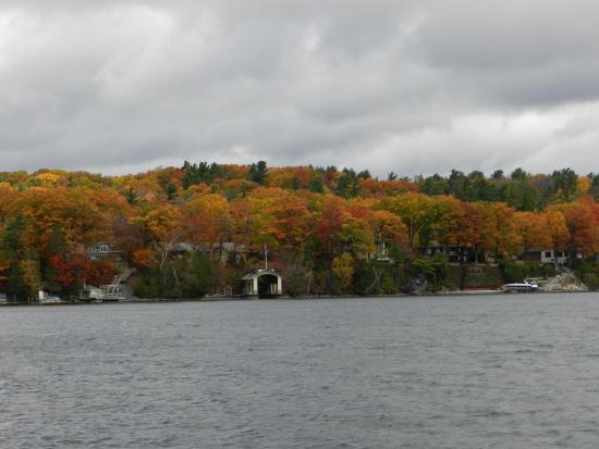 Barrie, Canada: Fall Colours
