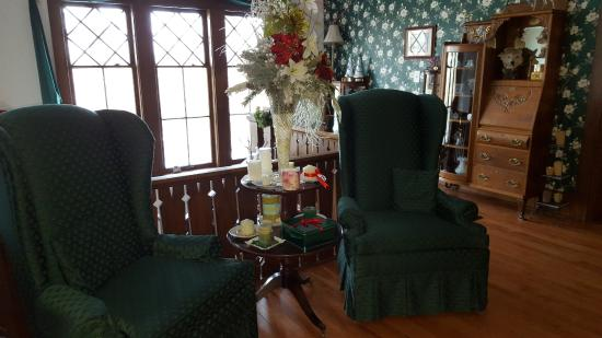 Wabeno, WI: Sitting area at the top of the stairs