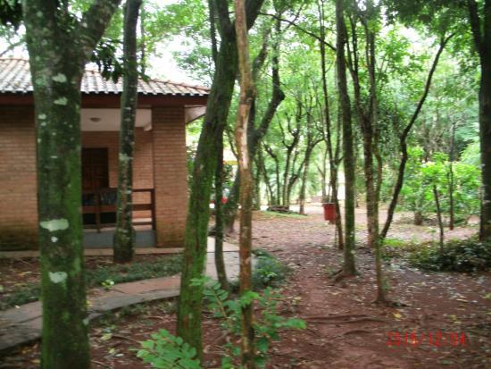 hotel cabanas iguazu: