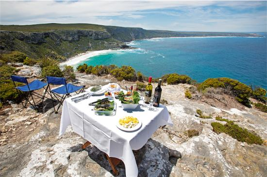 Kangaroo Island, Australia: Lunch anyone?