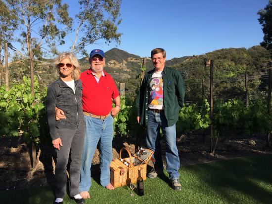 Malibu Family Wines: Picnic on the lawn