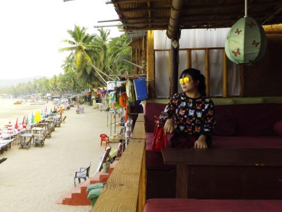 Papillon Beach Huts: Papillon Restaurant