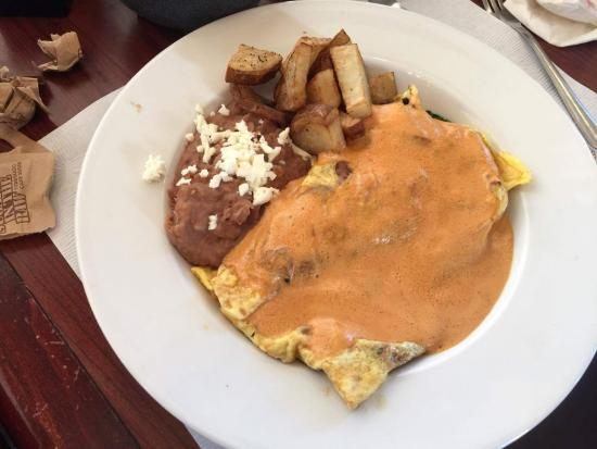 Café de la Flor Plaza Rio: Omelete de Jamon con espinacas banado en salsa chipotle