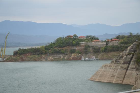 Ranjit Sagar Dam: View of Dam