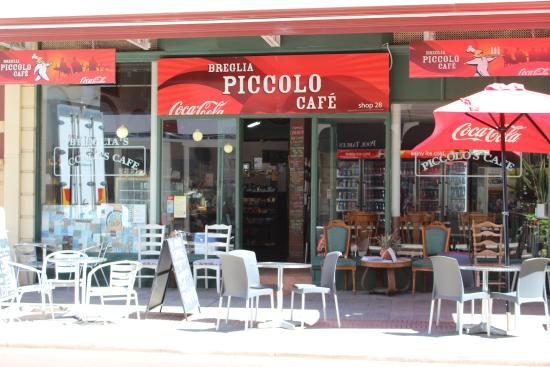 Breglia's Piccolo Cafe