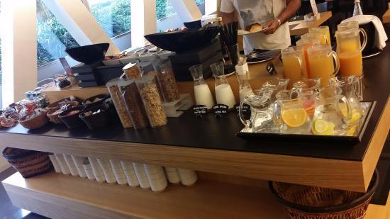 hotel royal passeig de gracia all kinds juices u cereals