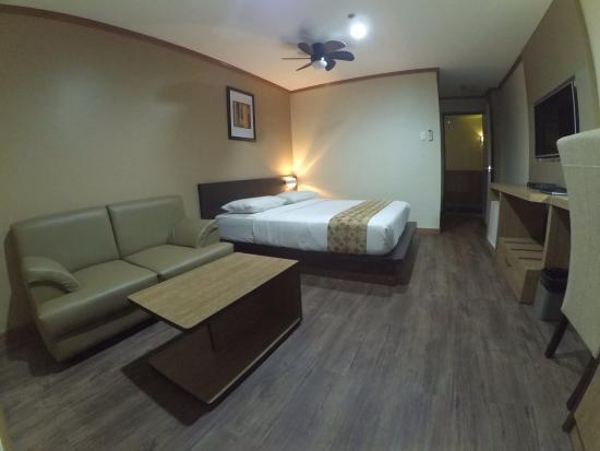 DG Grami Hotel: Renovated deluxe room