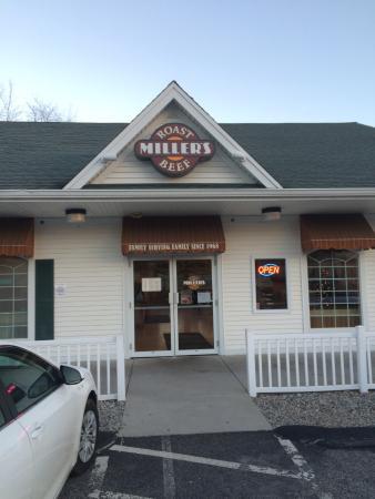 Attleboro, MA: exterior