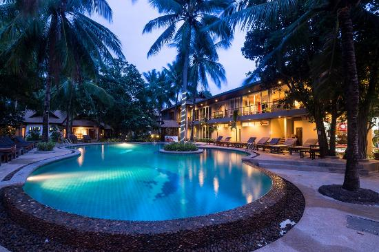 Sand Sea Resort $105 ($̶1̶5̶6̶) - UPDATED 2018 Prices & Reviews - Railay Beach, Krabi, Thailand ...