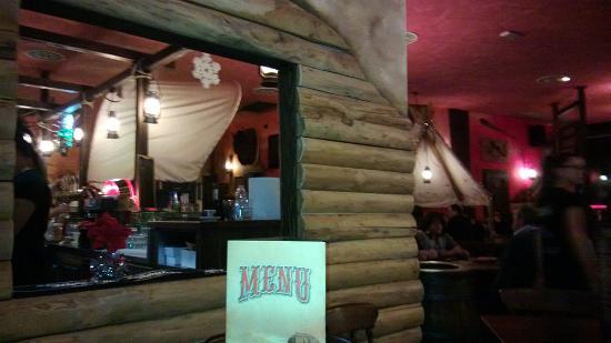 Interno locale foto di old wild west cento tripadvisor for Arredamento fast food