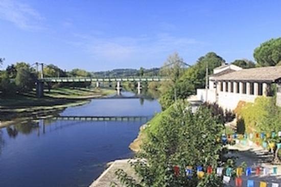 Port Sainte Foy et Ponchapt, ฝรั่งเศส: The Dordogne River