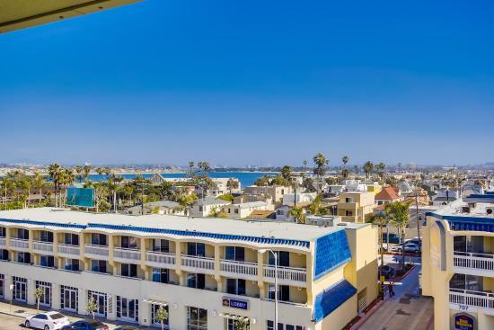 Surfer Beach Hotel: Mission Beach Views