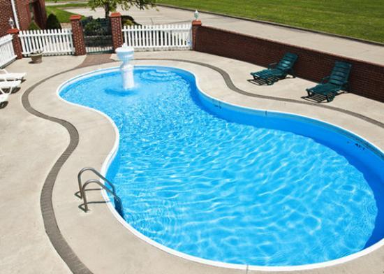 Chillicothe, MO: MOEcono Lodge Pool