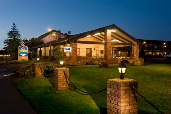 Best Western Plus Garden Inn: Exterior
