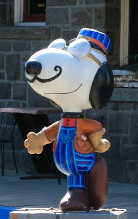 Best Western Plus Garden Inn: Snoopy Museum