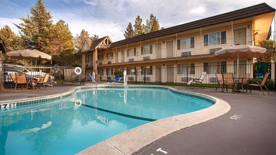 Grass Valley, Kalifornia: Outdoor Pool