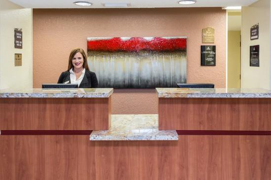 BEST WESTERN  Fort Lauderdale Airport/Cruise Port: Front Desk