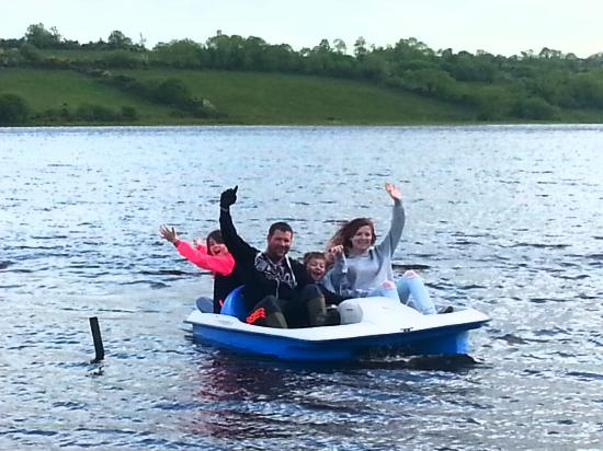 Lakeside Cottages Drumcong: water activities