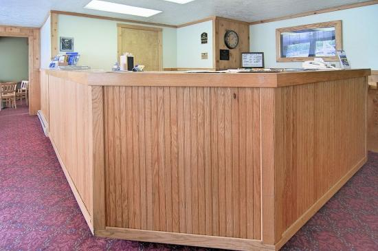 BEST WESTERN Teton West: Front Desk
