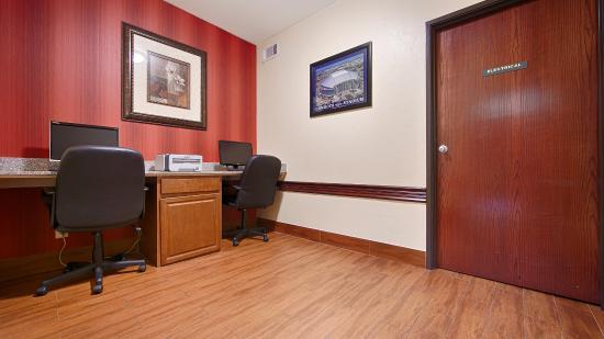 BEST WESTERN Greentree Inn & Suites: Business Center