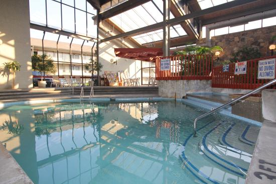 BEST WESTERN Toni Inn: Indoor Pool