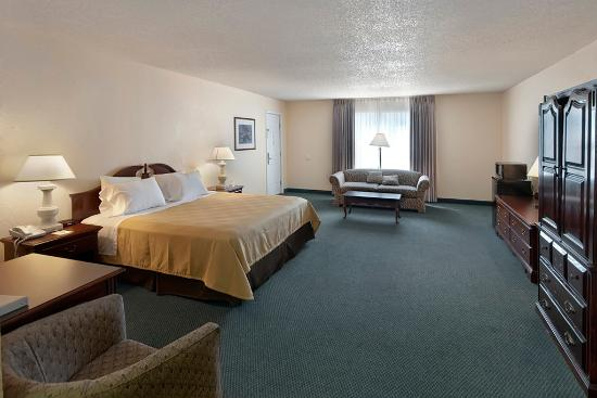 Best Western Sunday House Inn: King Deluxe Guest Room