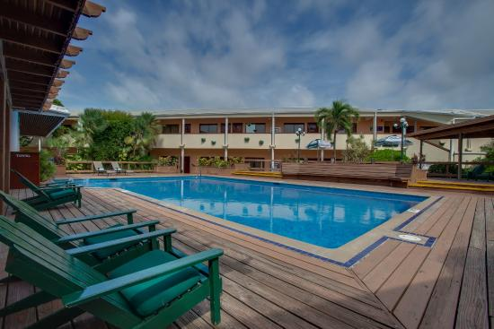 BEST WESTERN Belize Biltmore Plaza Hotel: Outdoor Pool