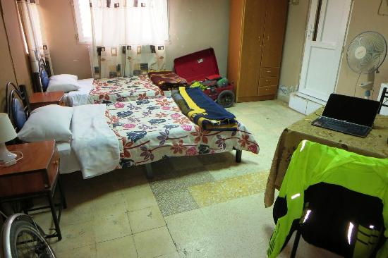Cairwan Hotel: My spacious room at the Cairwan. Wi-Fi was usually fast and worked in my room. It was always col
