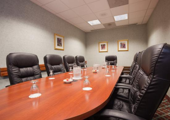 Holiday Inn Appleton: Let us help with the Executive decisions