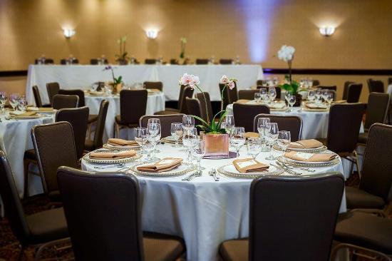 Concord, Kalifornia: California Ballroom