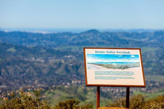 Concord, Kalifornia: Diablo Valley Overlook