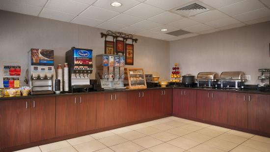 Best Western Mount Vernon/Ft. Belvoir : Breakfast Area