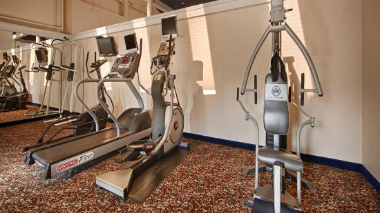 Garden Plaza Hotel: Fitness Center