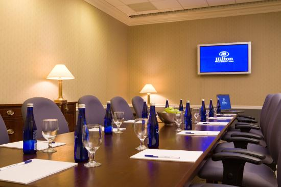 Woodcliff Lake, NJ: Birches Executive Meeting Room