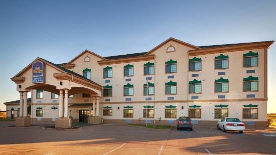 BEST WESTERN Henrietta Inn & Suites
