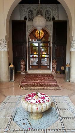 Riad Charai: 20151214_164543_large.jpg