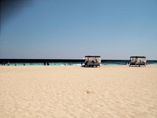 Jaz Almaza Beach Resort: spiaggia