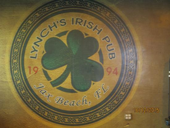 Lynch's Irish Pub: the insignia inside