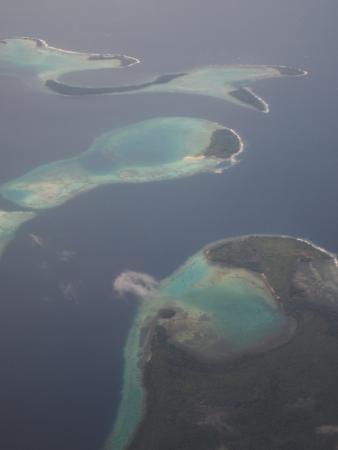 Gatokae Island, Solomon Adaları: Morovo Lagoon is the longest in the world and a paradise