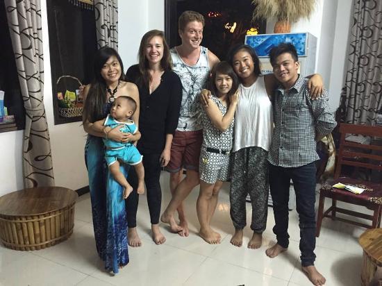 SacLo Homestay and Hostel: Family Photo