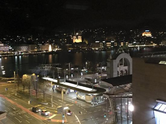Hotel Monopol Luzern: View of Lucerne and the lake at night.