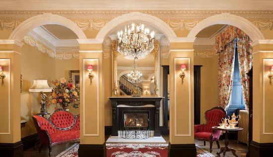 Photo of Hotel Le Clos St-Louis Quebec City