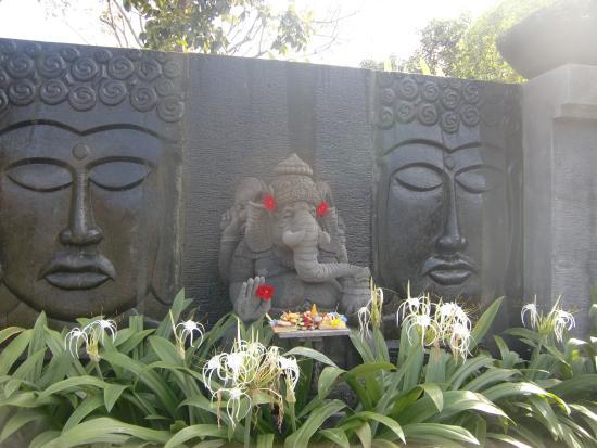 Celuk, Indonesien: バリの雰囲気