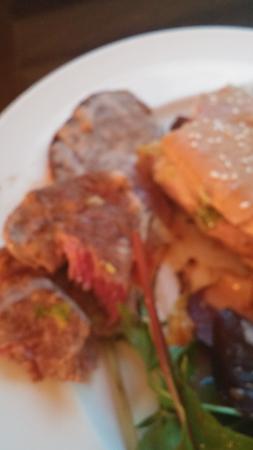 Le Mas d'Artigny & Spa : My VERY well cooked cheeseburger