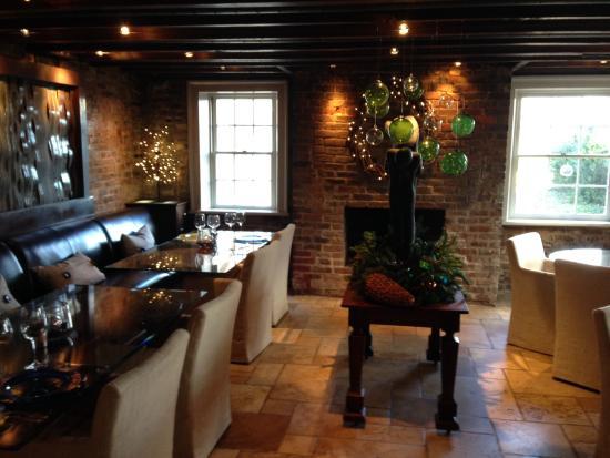 The Inn at Willow Grove: Inside room