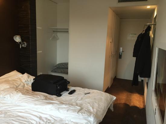 Motel One Nuernberg-Plaerrer : room 215