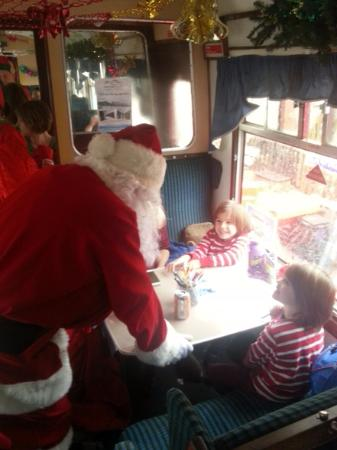 Aviemore, UK: Santa consulting with his clients