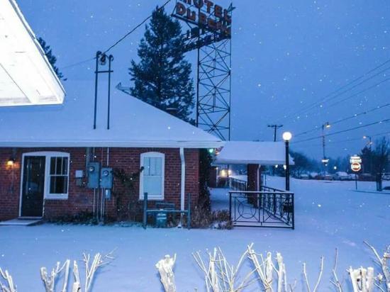 Motel DuBeau Travelers Inn & Hostel照片