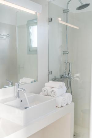 Gerofinikas : bathroom