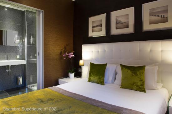 Hotel des Arceaux : Chambre supérieure n° 202